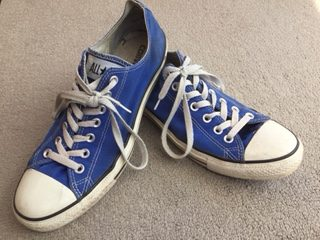 Converses: one of the main brand of canvas shoes